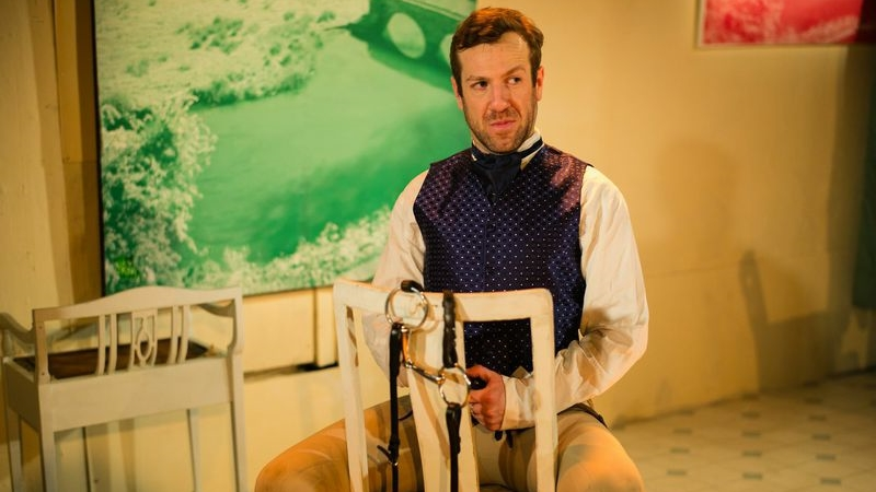 OperaUpClose. The Barber of Seville. Philip Lee. Photography by Christopher Tribble..jpg