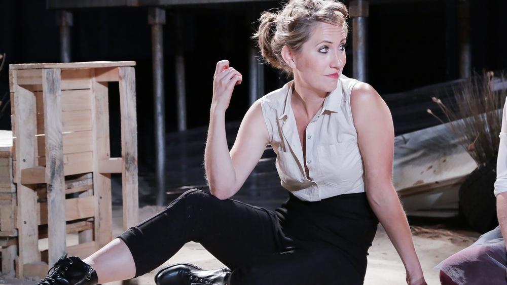 Carmen (OperaUpClose). Flora McIntosh (Carmen). Photo Andreas Grieger.jpg