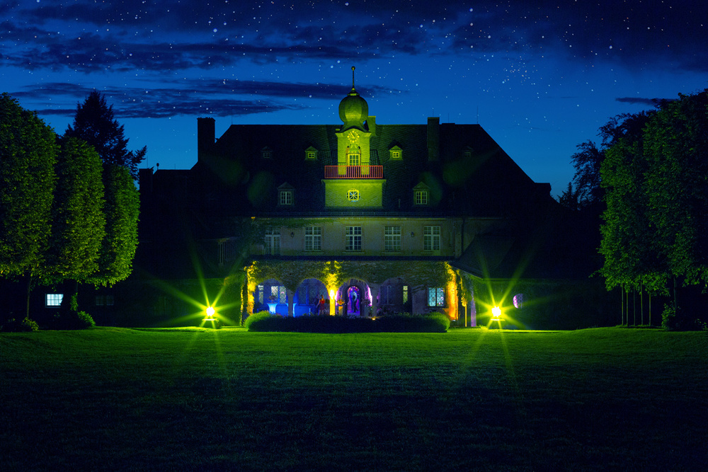 Schlossweb.jpg