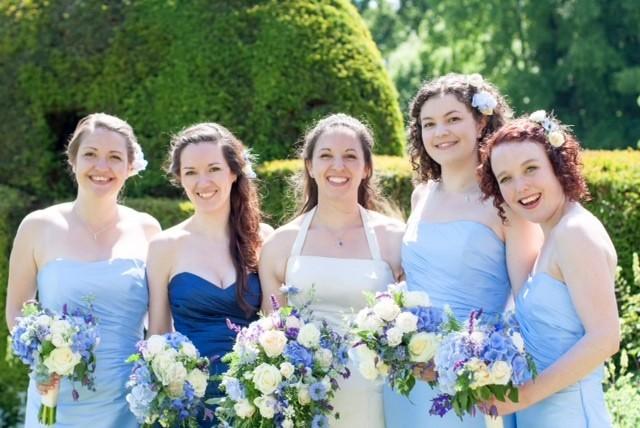 Blue & White summer wedding