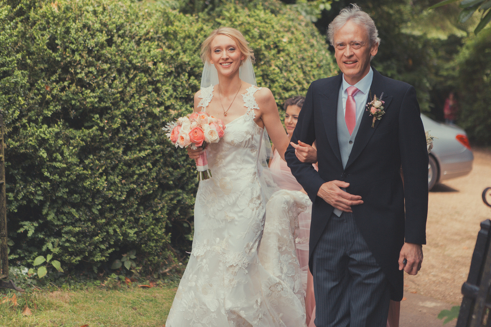 summer wedding at stowe church, Bucks