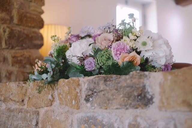 Pastel summer wedding flowers with hydrangeas, scabious, roses and ammi, Dodford Manor, Northamptonshire