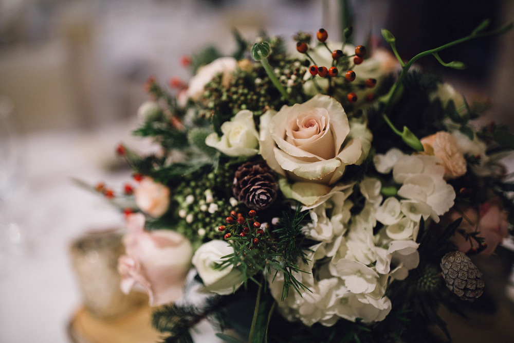 White & Blush winter wedding table centre