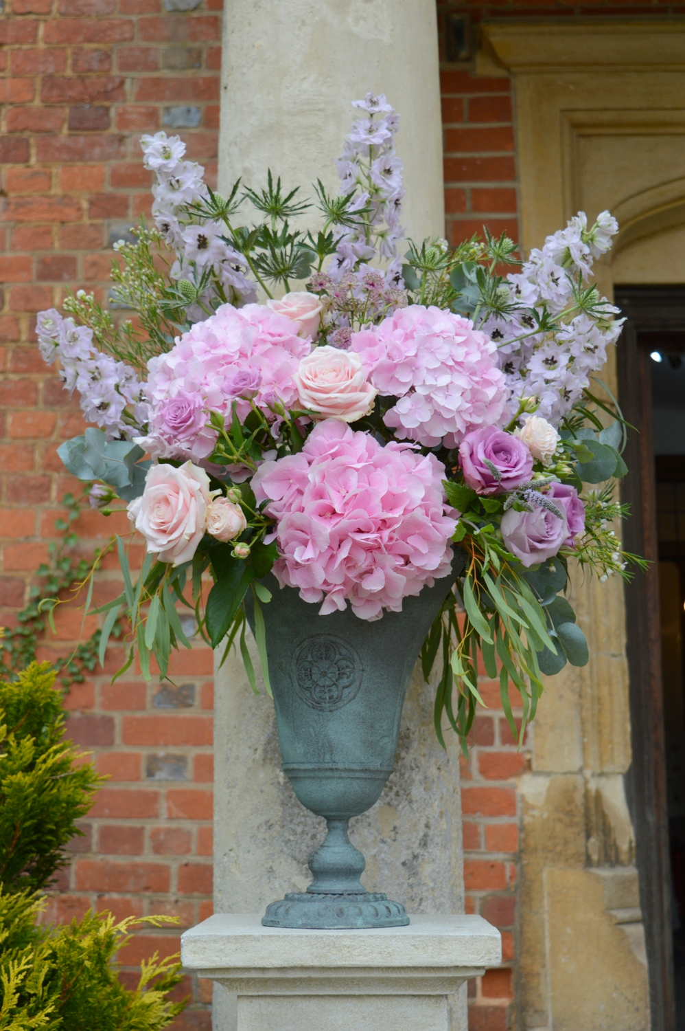 Pale Pink & Lilac hydrangea & Delphinium display