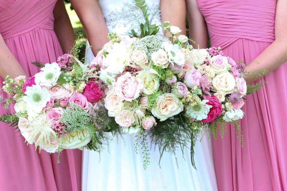 Pink & Cream summer wedding bouquets