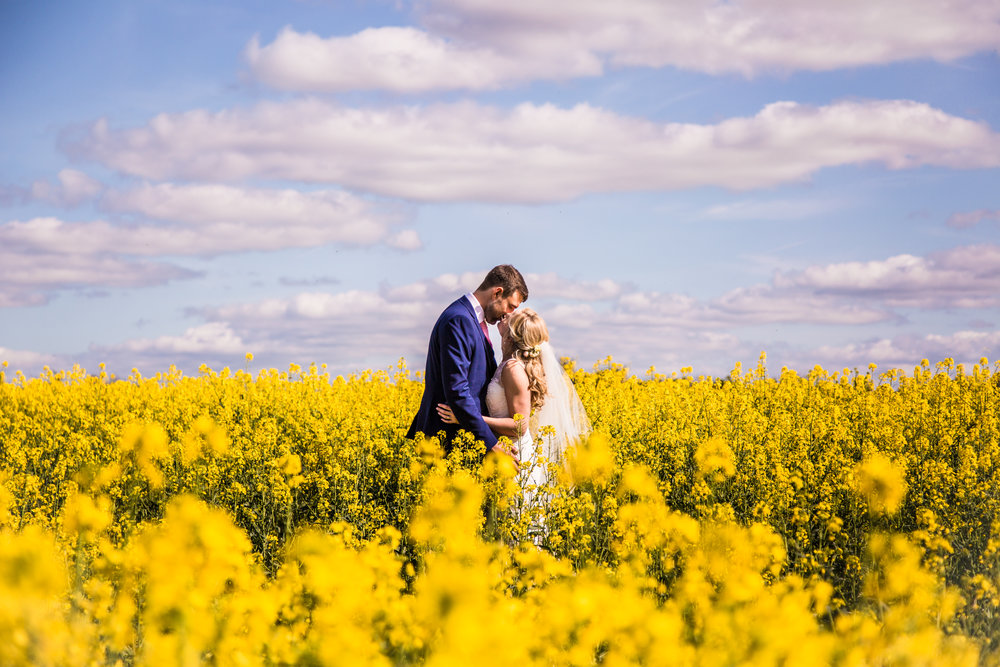 Springwedding at The Great Barn, Aynho, Oxfordshire