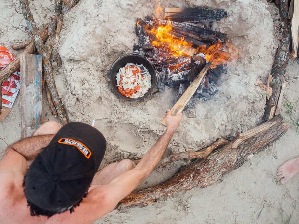 texas camp camping cookery campvibes cioppino fish america yall pawlowski 7