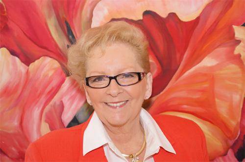 Here is the lovely artist herself, Karen Sistek.