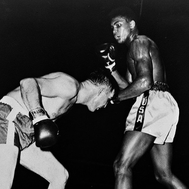 TBT Muhammad Ali's first bout against Tunney Hansaker. October 29th 1960. Its one thing to think you're great. Its another to know you are.  #strotherpt #muhammadali #thegreatest #legendary #boxing #heavyweightchamp #cassiusclay #throwbackthursday