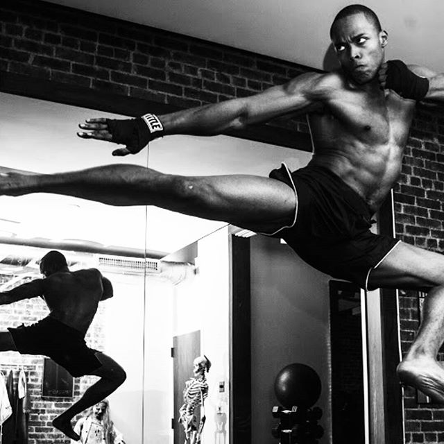 Take today to use your creative side. Many of humanity's greatest inventions were discovered by accident. Use your free time as an opportunity to play with your resources and discover your untaped potential! 💥🔫 by @anthonybgeathers #strotherpt #striking #personaltrainer #muaythai #martialarts #newyorkcity #lowereastside #flatiron #strengthandconditioning #endurance #creativity #potential