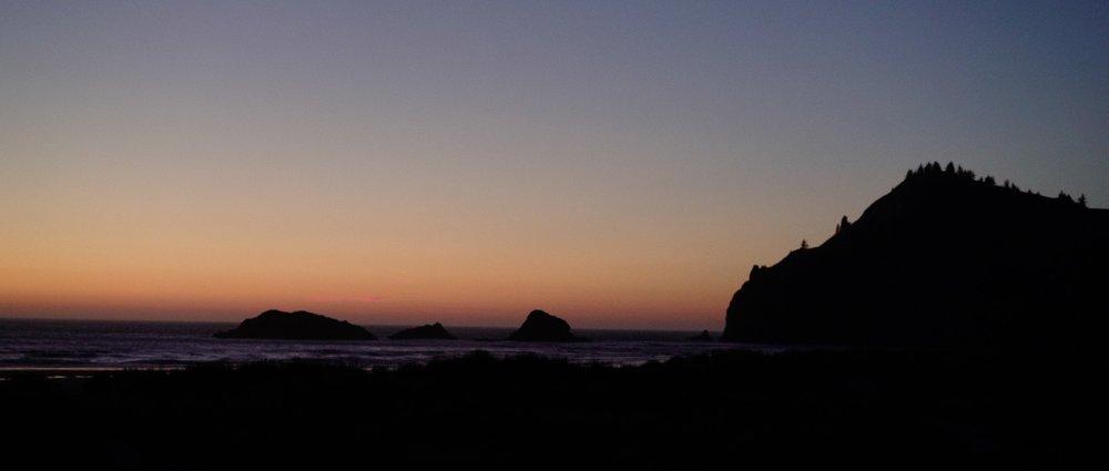 Oregon coast wedding videographer 5.jpg