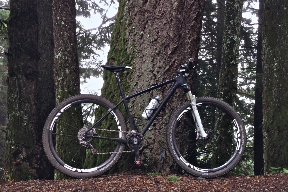 The lightest production hard tail 29er on the market is also the sexiest.