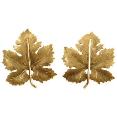 Buccellati Gold Maple Leaf Clip-On Earrings From Luxury Bazaar has been sold