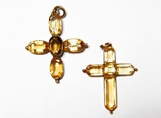 Jane's is the Greek-style cross on the left. ©Jane Austen's House Museum.