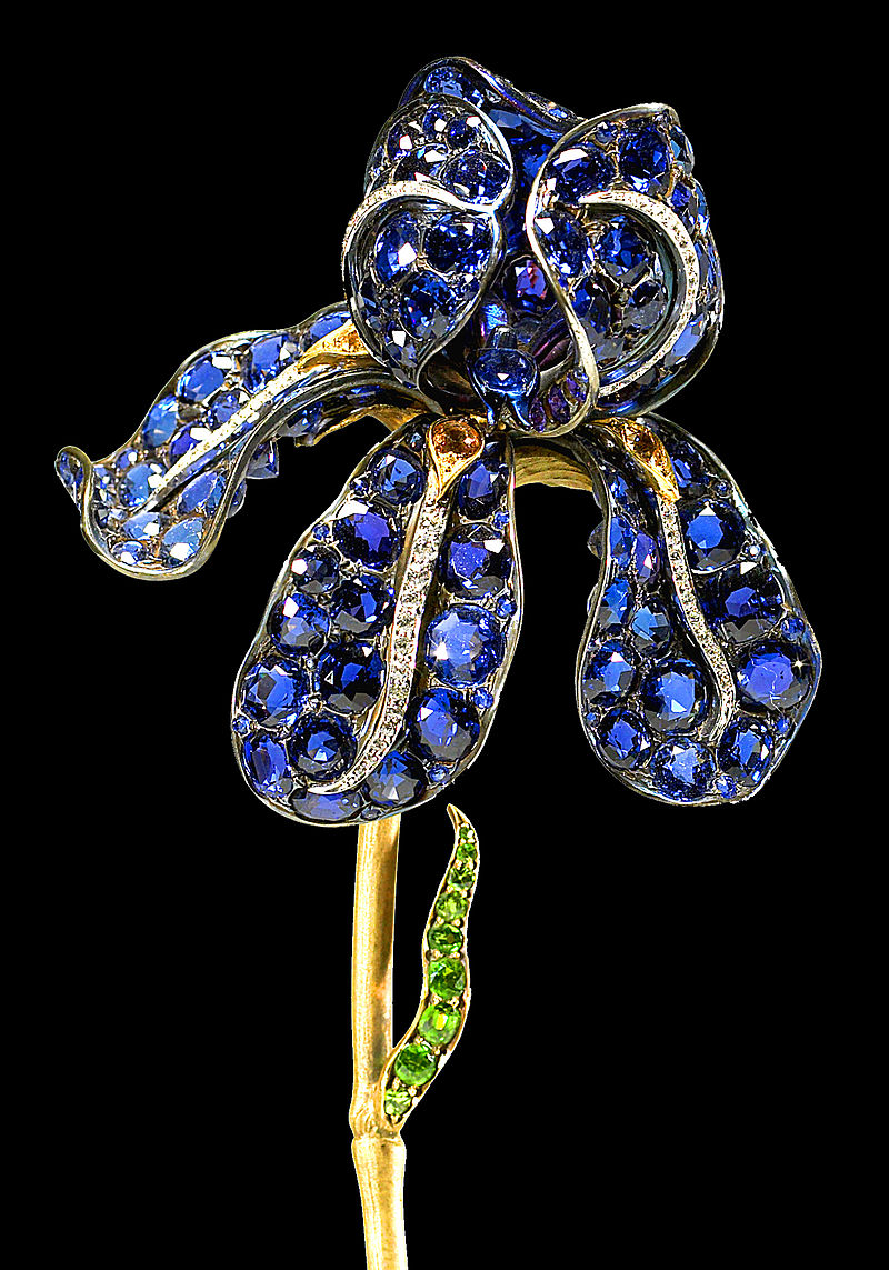 Detail of the Tiffany Iris Brooch by Paulding Farnham circa 1900, currently held by the Walters Art Museum