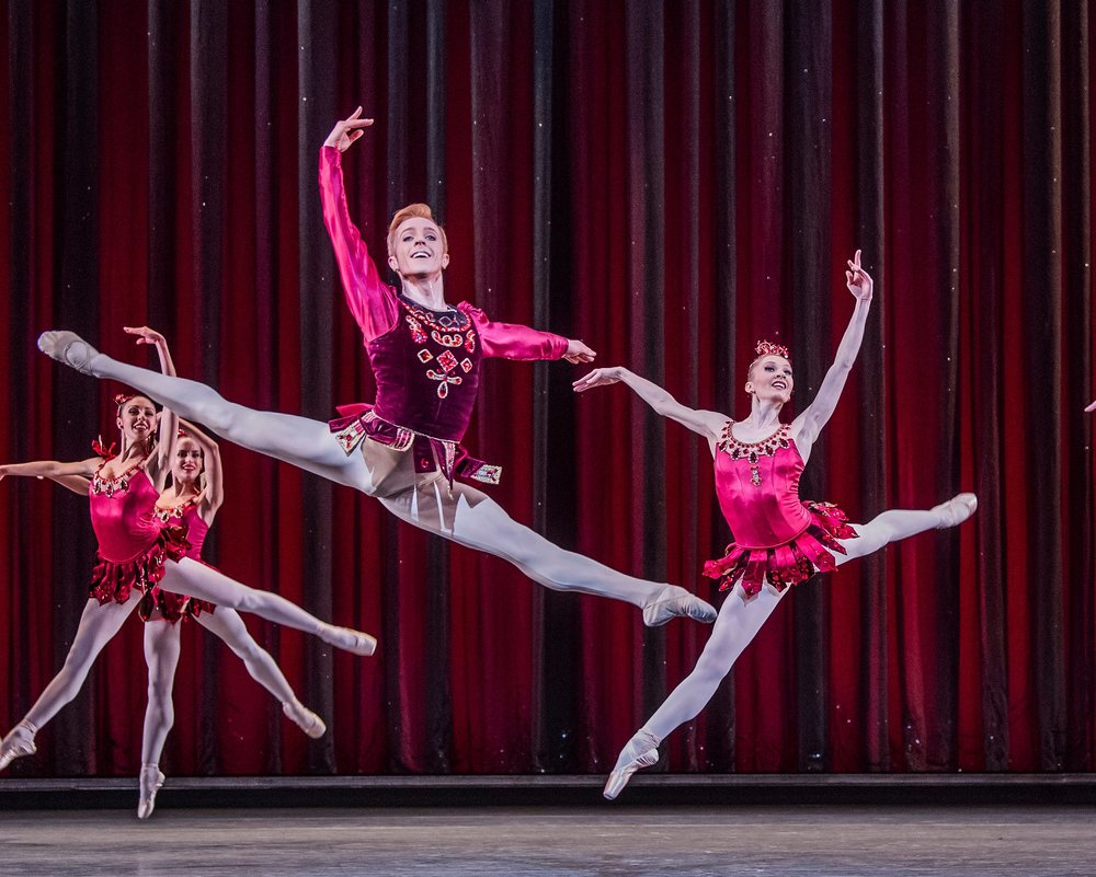 Steven McRae and Melissa Hamilton in Rubies. (Photo Credit: Tristram Kenton for the Guardian)