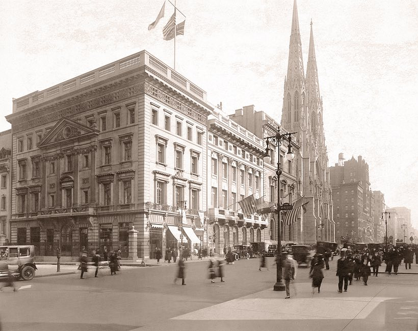 The 5th avenue Mansion in 1920