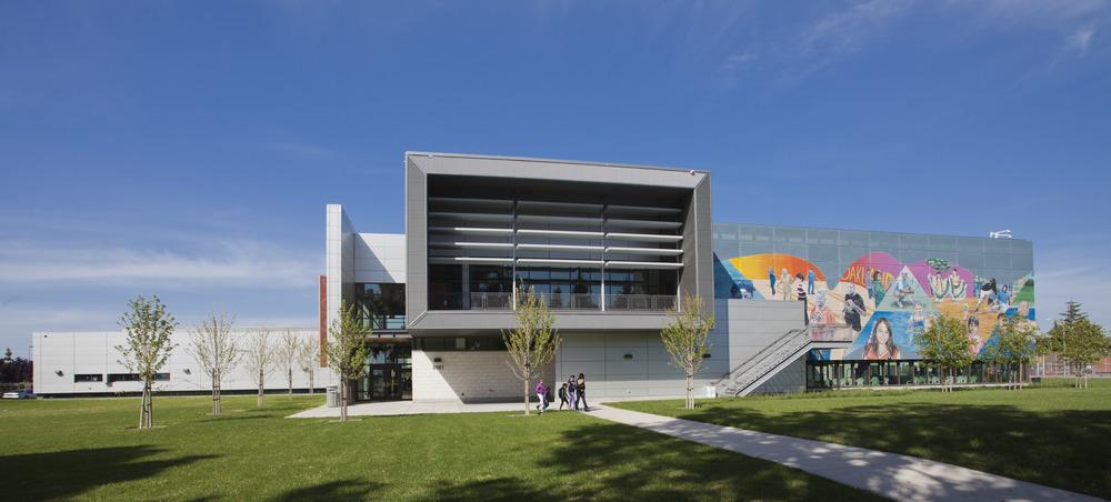 LEED Aquatic Center