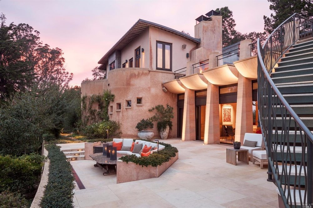 Rammed Earth Architect