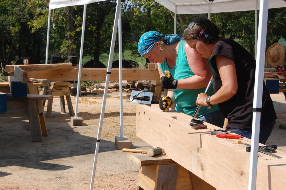 Kerri and Paula get into their chiseling groove