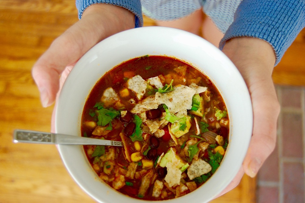 Chef Izzy wows us with a flavorful chipotle black bean tortilla soup for lunch.