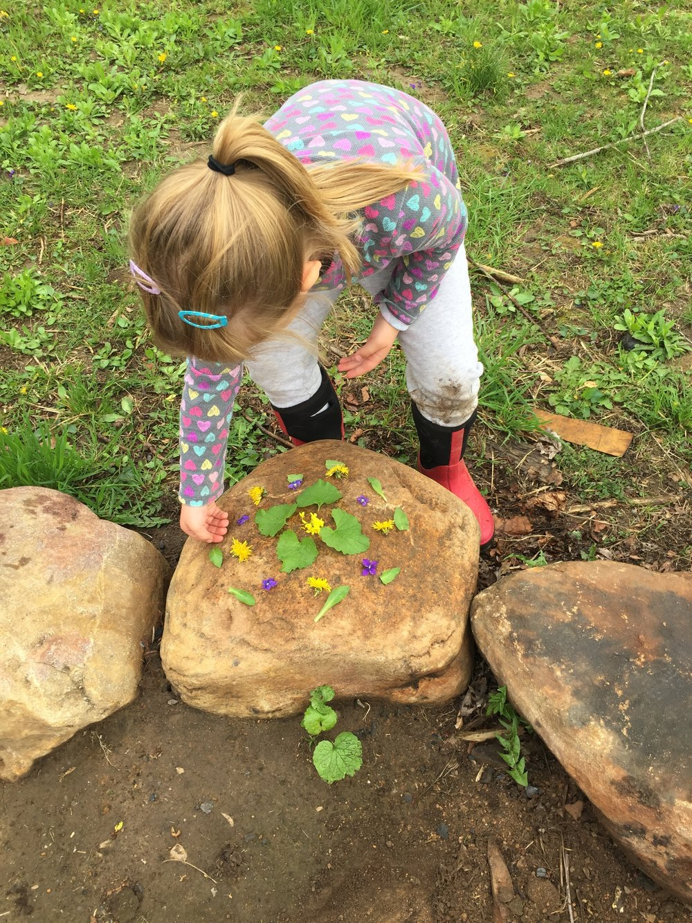 Riverside Nature School Flower Mandala.JPG