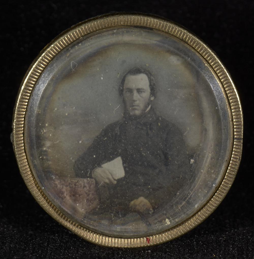 """Рис.18 """"Медальон"""" (автор неизвестен), 1845-47 гг."""