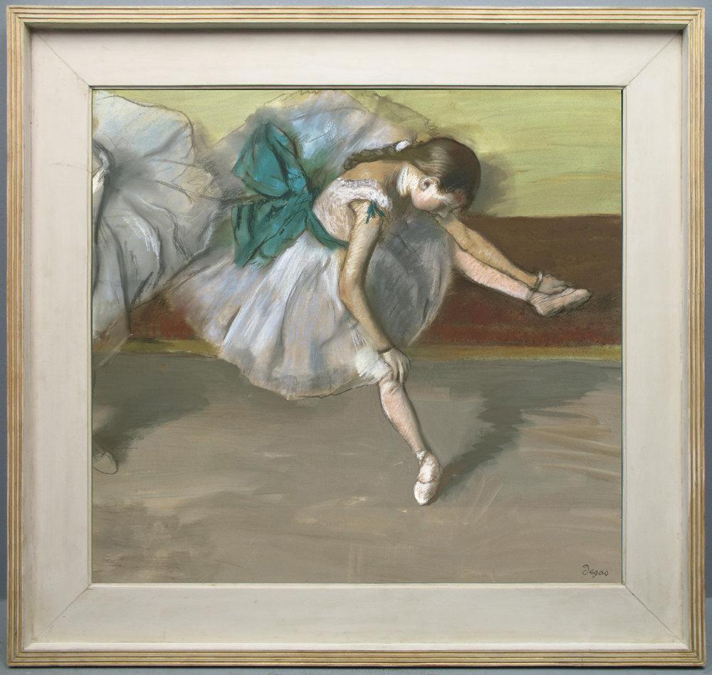 Рис.30 Эдгар Дега (1834-1917), Danseuse au repos, 1879
