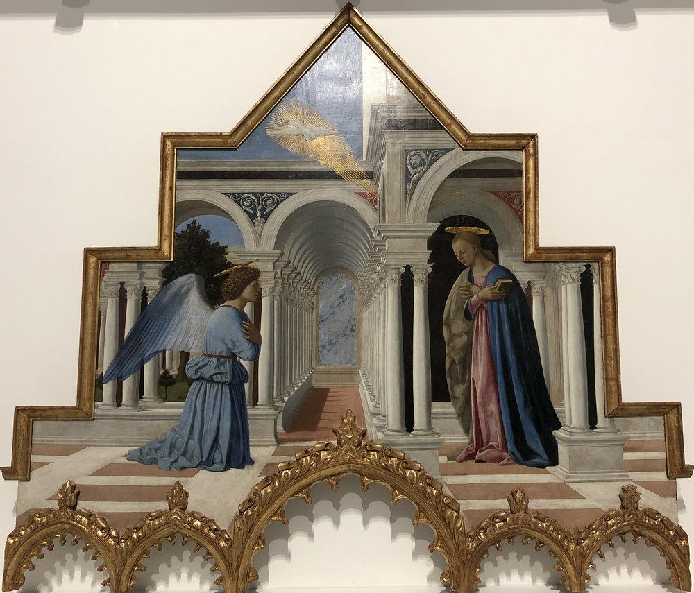 """Рис.8 Пьеро делла Франческа """"Благовещение (Навершие алтаря святого Антония)"""", 1460-1470-е гг.; дерево, темпера, масло; Национальная галерея Умбрии, Перуджа."""