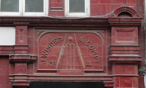 Рис. 3 J. Wisden & Co., Грейт Ньюпорт стрит, 21, Лондон.