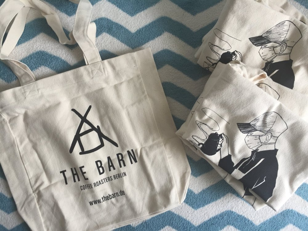 I wanted to exhibit lots of artwork but in the end I just sold the tote bag I had designed for The Barn Berlin. Thanks to them for sending me over a few.