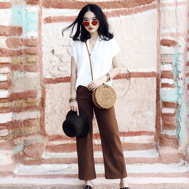 Style icon, endless traveler and clothing line owner - it's no wonder why @jasminesamali is our Gurl Crush.
