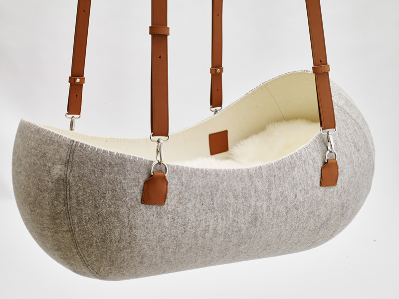 Little Nest felt cradle by O-bjekt Design. Photo via    o-bjekt.com .