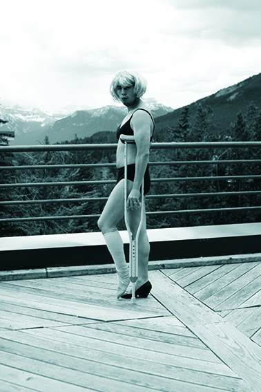 Marilyn turn her ancle at Banff