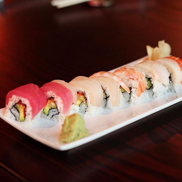 When you can't decide on one. Order the Rainbow Roll! 🌈 🍣 . . . #knoxville #knoxvilletn #knoxeats #sushi🍣  #sushitime #knoxvillelocal