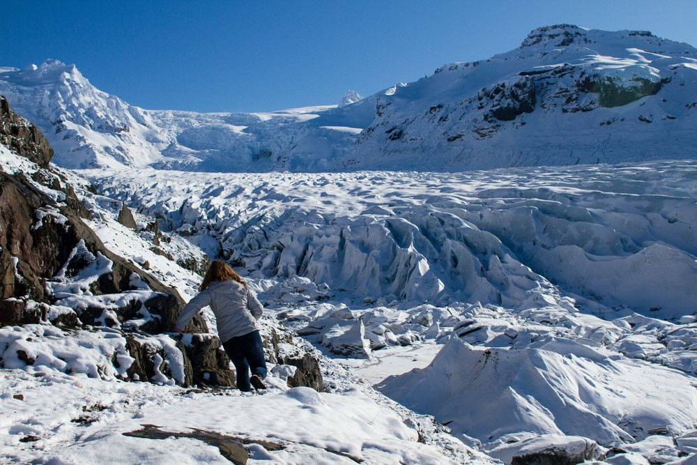 Exploring Svínafellsjökull  glacier