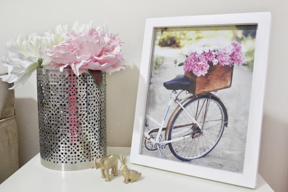 bicyclewithflowerbasket.jpg