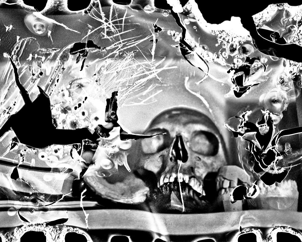 49-2014-12-01-melt skull 02-LR-2 shrp (16x20 300)1.jpg