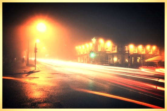 _absolutely_free_photos_original_photos_traffic-at-night-4752x3168_13322.jpg