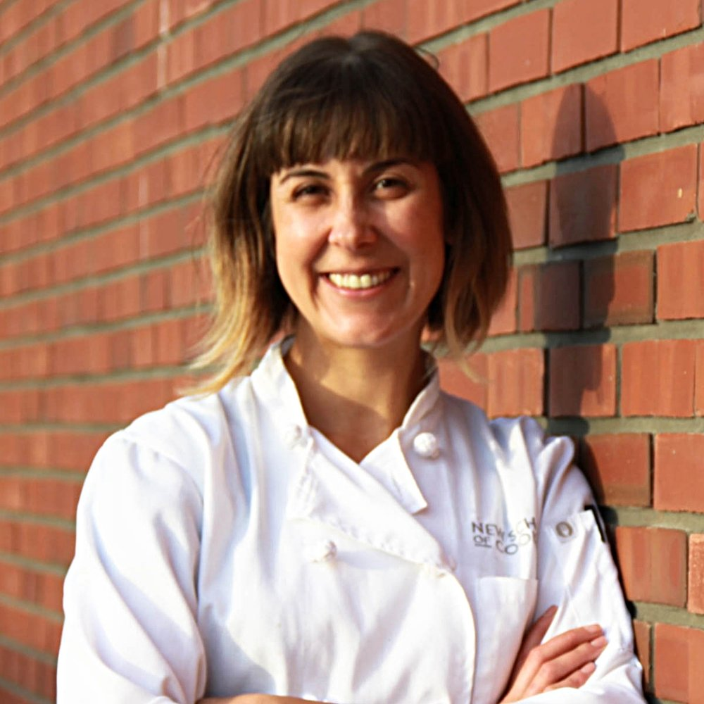 Hi there!I'm Melissa. I'm a valley girl who left a Ph.D. track in English to work for a James Beard Award winning chef. I've been on a culinary adventure ever since.I started Bavette Meat & Provisions to serve Angelenos by selling pasture-raised, humanely-reared meat alongside hand-made provisions that simplify and elevate everyday meals. My greatest joy in this business is building my community of conscientious meat eaters, otherwise known as Troop Bavette.When I'm not butchering, I can be found chasing my nephews, watching reruns of Frasier, playing banjo, and practicing Ashtanga.WANT TO KNOW MORE? READ ON! -