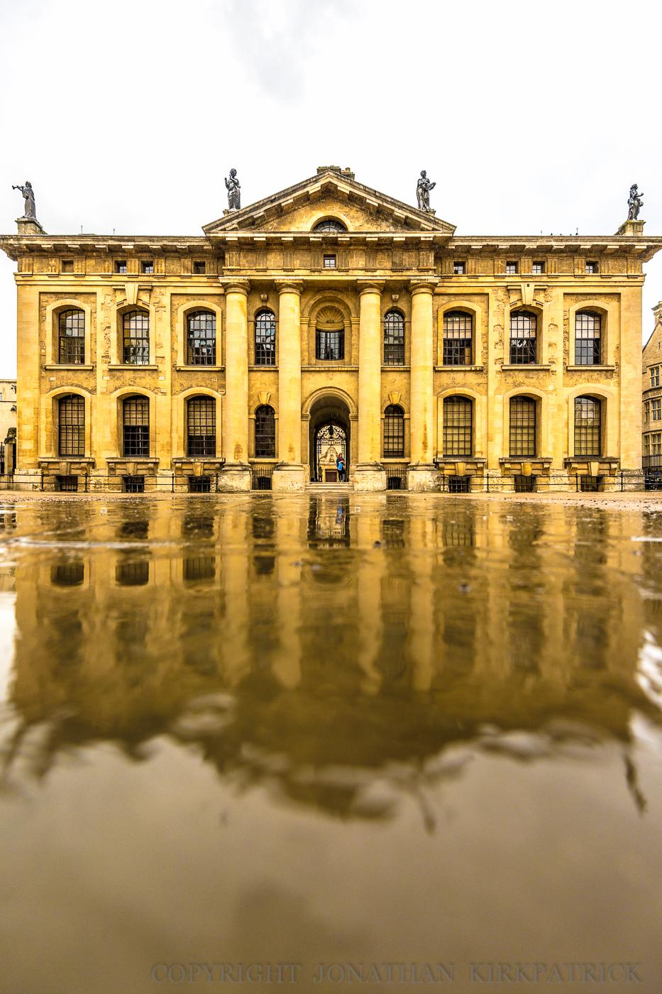 Clarendon Building, rain