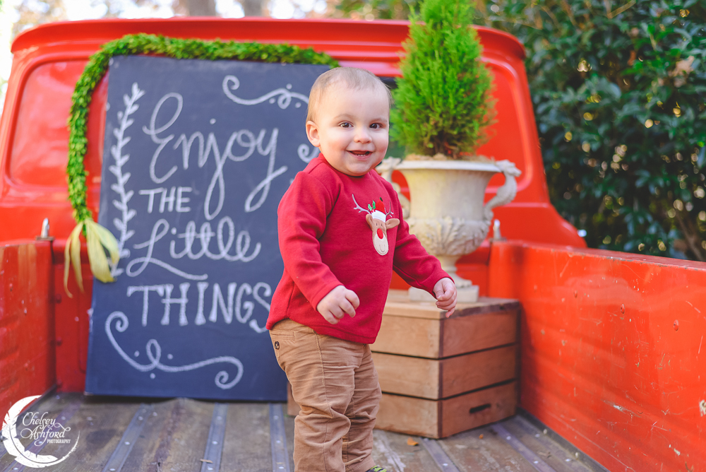 Christmas Mini Session, Chelsey Ashford Photography. www.cmaphoto.co