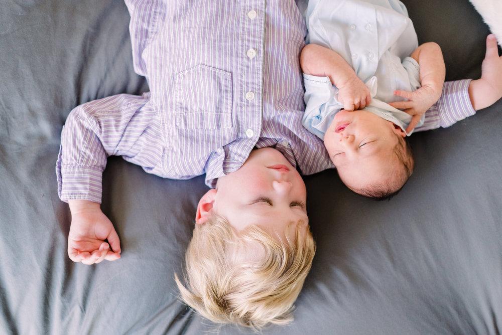 Robert_newborn-40.jpg