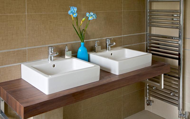 LoxHeights_bathroom (1).jpg
