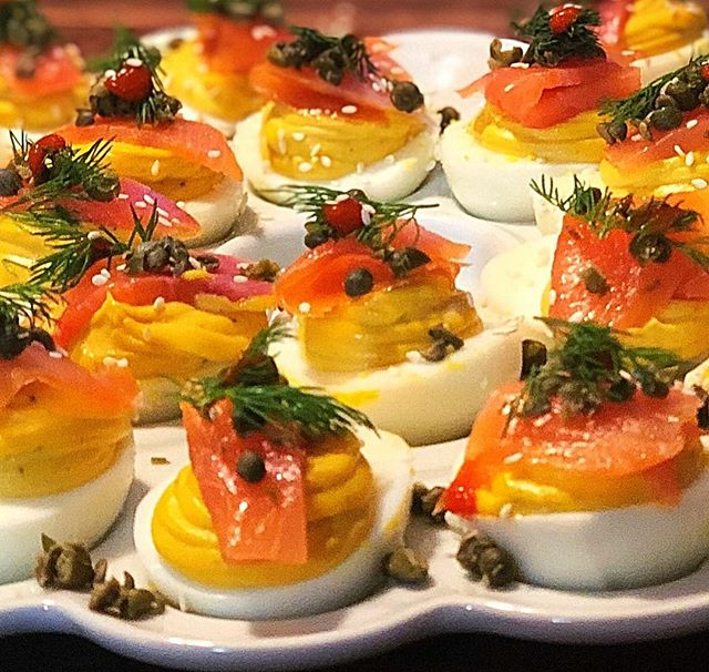 With daylight savings comes Easter cravings. Here are some of our smoked salmon deviled eggs we made last night. Any spring events you need help with give us a call. #hooperscatering #catering #cheflife #annapolis #maryland #deviledeggs #daylightsavings #easter #partyappetizers #appetizers #partyfood #smokedsalmon