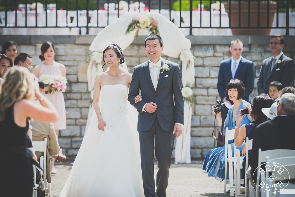 Seth and Beth - Wedding Photography at Franklin Park Conservatory