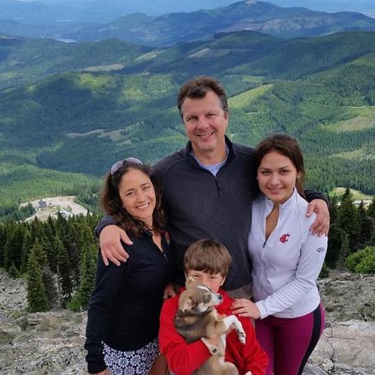 Olga Lucia Family.jpg