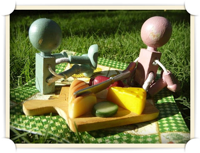 Mr. Lumberson surprises his wife with a picnic in the Botanical Gardens (as a peace offering for his shameful behaviour).