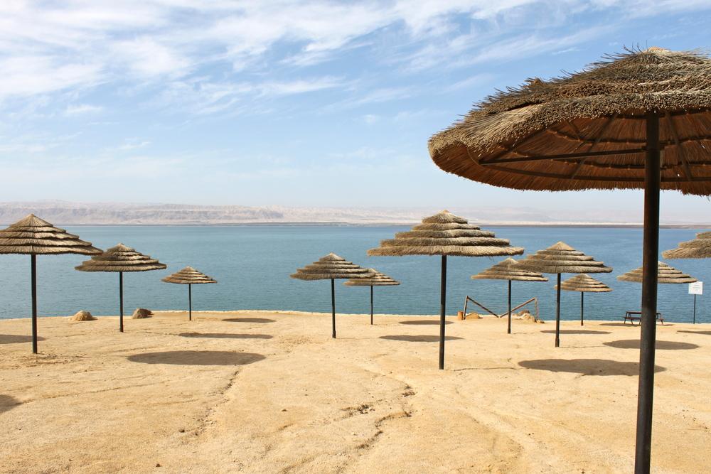Quiet day bythe dead sea atSweimeh,Jordan.