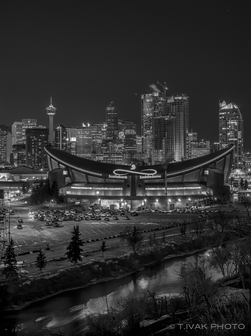 Saddledome 3-00346.jpg